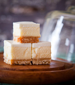 DESSERTS cheesecake squares. (FIND ALL YUMMY DESSERT PHOTOS FROM OLD CHELSEA SHOOT) ((ALSO OTHER YUMMY HORS DOEUVRES PHOTOS))