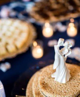 WEDDINGS dessert table Kevin-Cat-Wedding